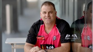 Darren Berry signed for Sydney Sixers to assist the team