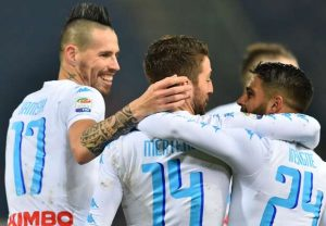 Napoli reaches the seventh heaven and simply wreck Bologna