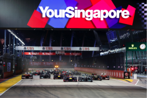 German Sebastian Vettel won title of Singapore GP 2015