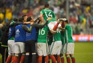 Mexico replace three player for injury in friendly before world cup