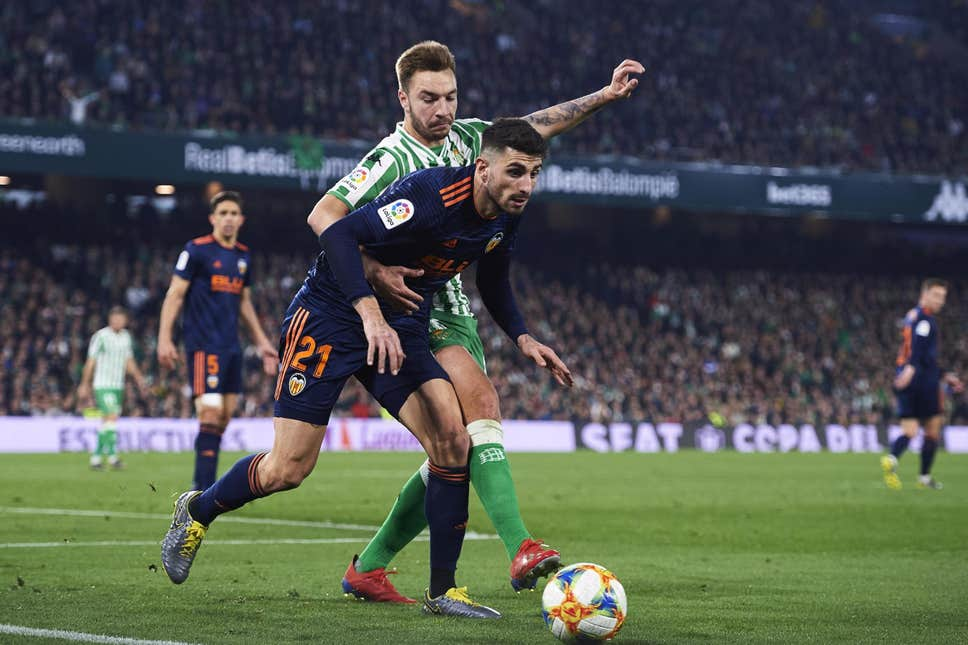 Real Betis vs Valencia match live streaming1
